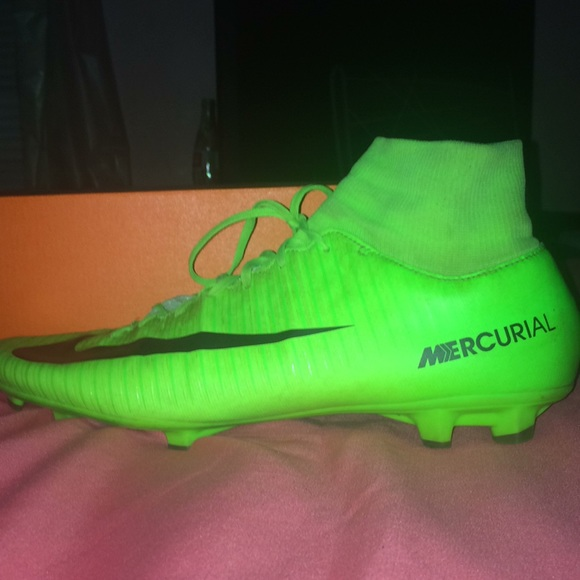 new style fc9f9 616fc Nike Mercurial Superfly Victory 5 Size 12